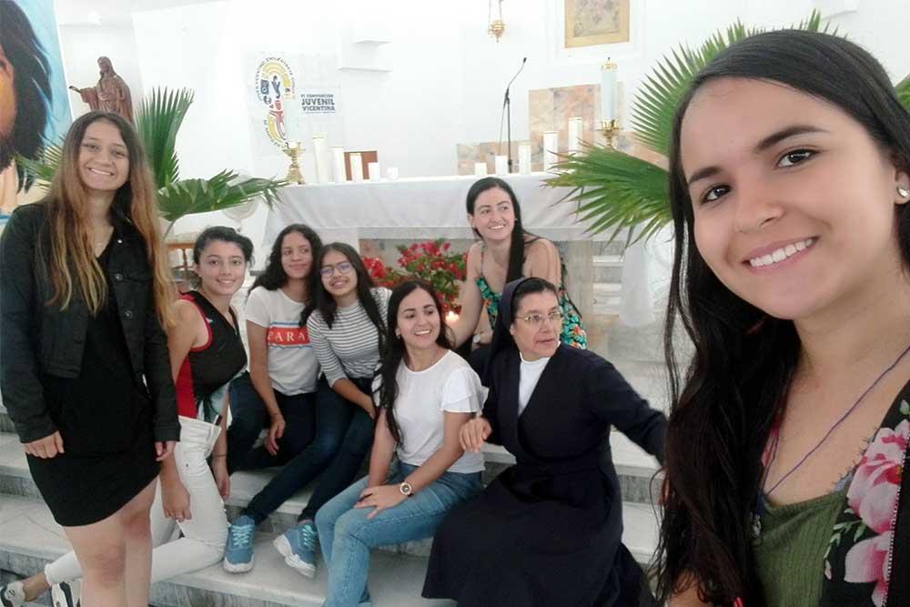 Hijas-de-la-Caridad-23